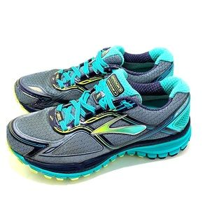 Women's Brooks Ghost 8th Edition Gore-Tex size 6